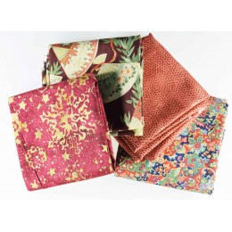 Lot de 4 coupons de tissus patchwork prune